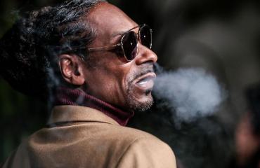Snoop Dogg lähti roskaruokabisnekseen.