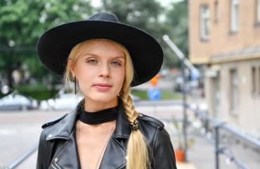 Alina Tomnikov julkaisi bikinikuvan.