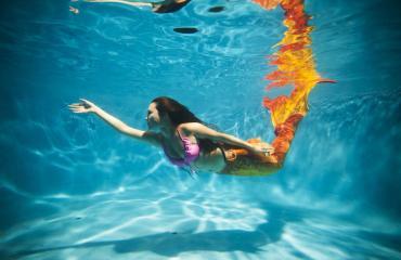 Merenneidot eivät olekaan taitavia uimareita.