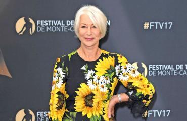 Helen Mirren suuntasi aluksi teatteriuralle.