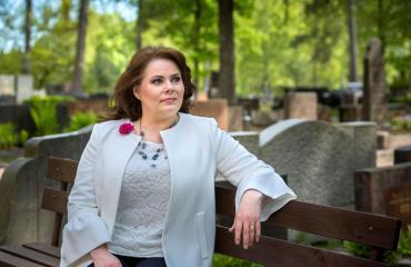 Nina Mikkonen joutui jälleen kohtaamaan suuren surun.