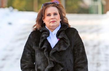 Nina Mikkonen muistelee äitiään.