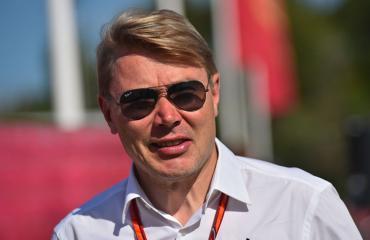 Mika Häkkinen esiintyi prostituoidun videoilla.