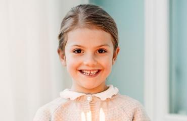 Ruotsin kuninkaallisfaneja hemmoteltiin viime viikolla tuoreilla kuvilla hovin lapsista.