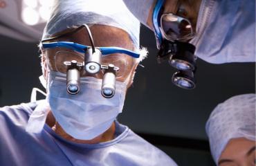 Kirurgit poistivat penikseen juuttuneen esineen.
