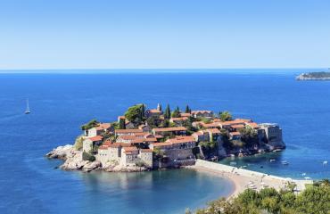 Montenegro on valmismatkojen uusi helmi!