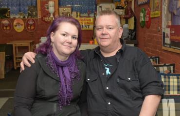 Aki ja Heli Palsanmäelle maistui olut.