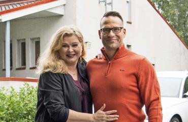 Tarja Smura ja Markus Haapasalo myyvät taloaan.