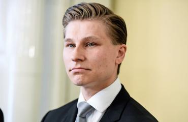 Antti Häkkäsellä pyyhkii hyvin naisrintamalla.