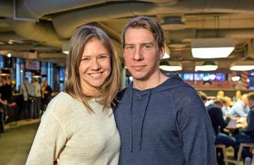 Sonja Kailassaari ja Aku Hirviniemi ensi kertaa julkisesti yhdessä.