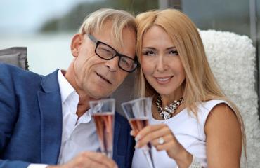 Toivo Sukari ja Nadja-rakas miettivät jo häitään.