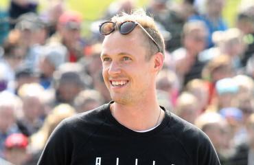 Pekka Rinne toi naisystävänsä häihin.