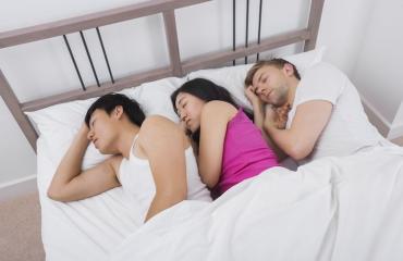 Useampi seksikumppani ei takaa onnea.