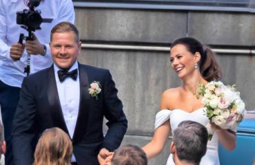 Petri Kontiola ja Lotta Heikkilä avioituivat.