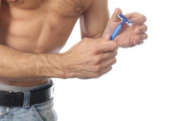 Myös miehet trimmaavat intiimialueitaan.