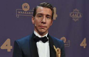 Aku Hirviniemi tähdittää Gaala-ohjelmaa.