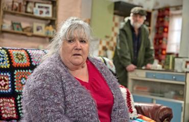 Emmerdalen Lisa tahtoo luovuttaa.