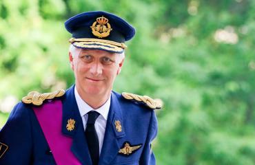 Belgian kuningas ohjasi ratikkaa.