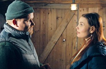 Uusi päivä -sarjan Elina haluaa Laurin.