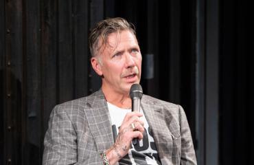 Mikael Persbrandt avautuu huumevuosistaan kirjassa.