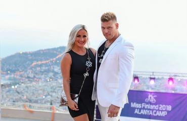 Rita ja Aki Manninen muuttavat Turkkiin.