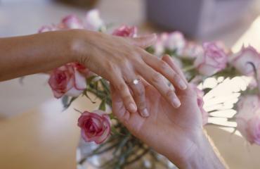 Seksiä avioliittoon asti odottavat ovat onnellisempia.