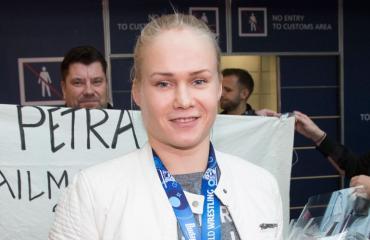 Petra Olli saapui Suomeen.