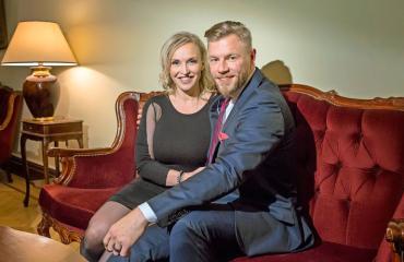 Jutta Gustafsberg ja Juha Rouvinen ovat aviopari.