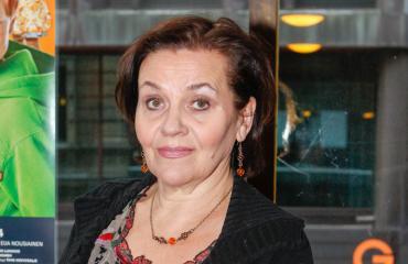 Riitta Havukainen vietti karaokeiltaa nuoren komistuksen kanssa.