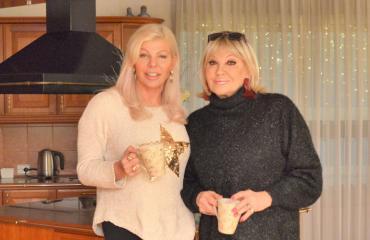 Hannele Lauri ja Tiina Jylhä ovat olleet liki 20 vuotta ystäviä.