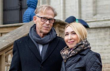 Toivo Sukari ja Nadja-rakas jättävät Brysselin.