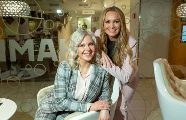 Vappu Pimiä ja Marja Hintikka aloittavat oman ohjelman.