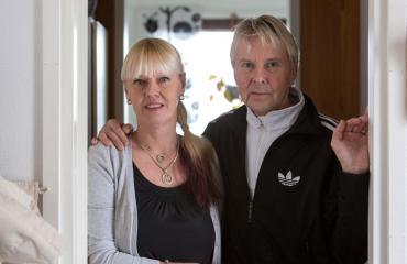Matti Nykäsen urheilusaavutukset ovat yksi sisustuselementti Pian kodissa.
