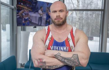 Juha Mentula ravitsee itsensä lihalla, vaan ei maitotuotteilla.