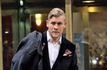 Jussi Ahde pelasi biljardia.