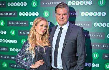 Jenni Alexandrova ja Jussi Heikelä hankkivat uuden asunnon.