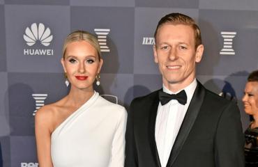 Mikael ja Metti Forssell asuvat Kaivopuistossa.