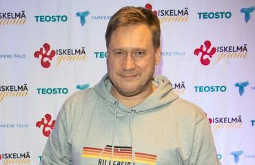 Samuli Edelmann keskittyy musiikkiin.