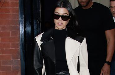 Kourtney Kardashian arkistokuvassa. Tiistaina hän julkaisi Instagramissa superseksikkäitä otoksia.
