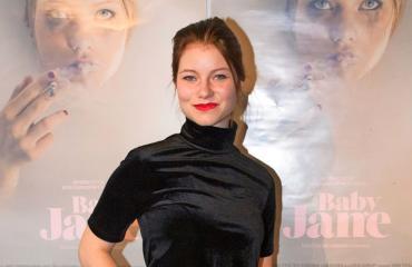 Roosa Söderholm näyttelee Baby Jane -elokuvassa.