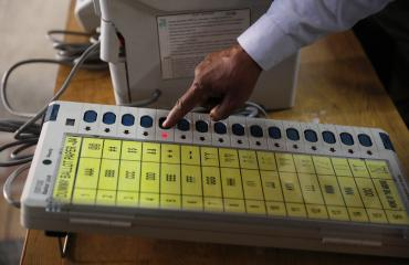 Äänestyskone Intian vaaleissa.