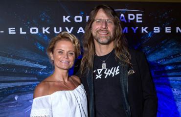Jone Nikulan vaimo Hanna Karttunen valmensi Italiassa.