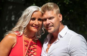 Rita ja Aki Manninen valmistautuvat esikoisen syntymään.