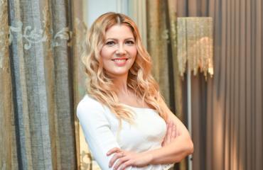 Jenni Alexandrova on radioaaltojen kuningatar.