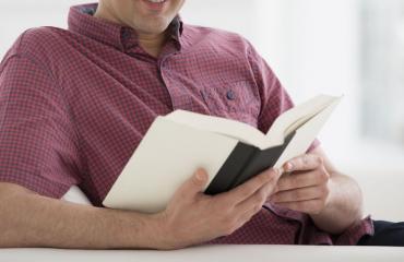 Opettajalla oli vaikeuksia lukea ja kirjoittaa.
