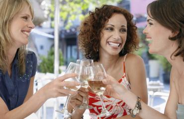 Naiset ovat onnellisempia ilman aviomiestä.