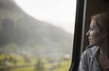 Nainen joutui ikävään tilanteeseen junassa.
