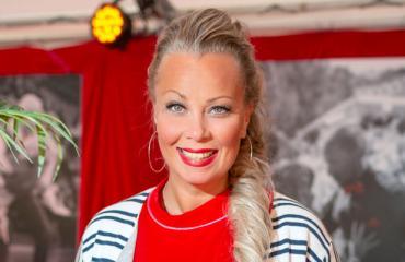 Johanna Pakonen elää etäsuhteessa.