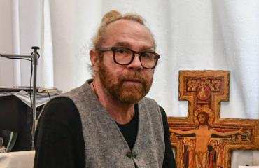 Jussi Parviainen poukkoili Porissa.