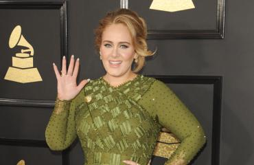 Adele osti sinkkukodin.